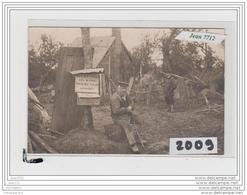 9752  AK/PC/CARTE PHOTO  A IDENTIFIER/VOUS QUI VISITEZ CES RUINES NOUBLIEZ PAS LES SINISTRES - Cartoline
