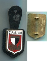 D133 INSIGNE CRS N° 30 POLICE  FAB. BALLARD - Police & Gendarmerie