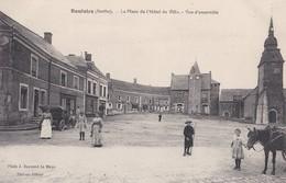 Bouloire  Place De L'hotel De Ville  Cachet Hopital Temporaire Bénévole N° 1 Bis Au Verso   PRIX FIXE - France