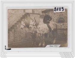9774  AK/PC/CARTE PHOTO A IDENTIFIER CHEVAUX FERMIER PHOTO FORGEIX - Cartoline