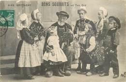 CPA BONS SOUHAITS AU TAD COZ - Bretagne - Costumes - Enfants - Gui - Houx - Collection Villard Quimper 4149 - Anno Nuovo