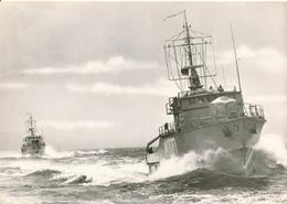 DEUTSCHLAND - Bundeswehr , Minensuchboote In See - Ausrüstung