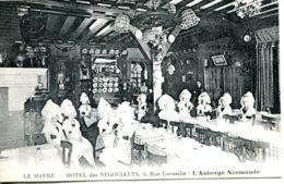N°66977 -cpa Le Havre -hôtel Des Négociants- Rue Corneille- - Hotels & Restaurants