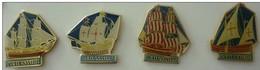 PETIT NAVIRE - Les 4 Pin's  Vieux Gréements - Badges