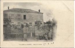 D77 - VILLIERS SUR MORIN - MAIRIE ET ECOLES -  PRECURSEUR - Femme Et Enfant Près De La Fontaine - Sonstige Gemeinden