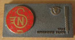 Serbie - Plaque / Médaille NOVOSADSKI SAJAM 1968 En Bronze Et émail - Par Bertoni Milano - Professionnels / De Société
