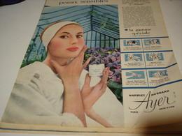 ANCIENNE  PUBLICITE PEAUX SENSIBLES  DE HARRIET HUBBARD AYER 1958 - Other