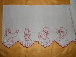 Superbe Devant De Cheminée  - Tissu Lin Ou Toile Jute Brodé - 2,45  X 0,38  M - - Dentelles Et Tissus