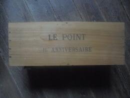Ancien - Caisse En Bois Publicitaire LE POINT 15e Anniversaire - Boxes