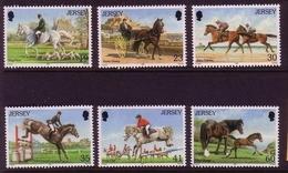 JERSEY MI-NR. 754-759 ** PFERDE - UND REITSPORT - Horses