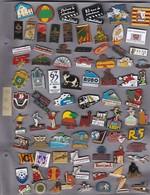 Lot De 83 Pin's Des PO (66) - Pin's