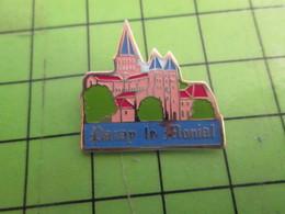 310C Pin's Pins : Rare Et Belle Qualité : THEME VILLES / PARAY LE MONIAL ABBAYE - Städte