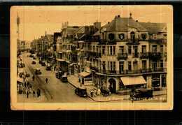 CPA  -  Belgique  -    DE PANNE   -   L'Avenue De La Mer  (autos) - De Panne
