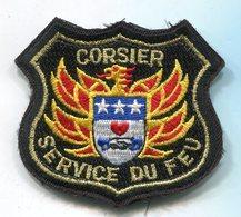 355 SAPEURS POMPIERS INSIGNE TISSUS CORSIER SUISSE SUR VELCRO 70X75MM - Pompiers