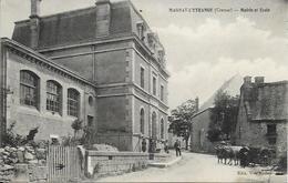 MAGNAT L'ETRANGE, Mairie Et école - Francia