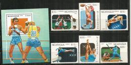 Juegos Panamericanos  Caracas, Venezuela,  Bloc-feuillet + Série 6 Timbres Neufs ** - Nicaragua