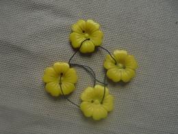 Vintage - Petit Lot De 4 Boutons Fleurs En Verre Années 50 - Boutons