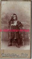 Format Mignonnette CDV 4,3 X 8cm-jolie Fillette Endimanchée-photo Chamberlin à Paris - Photographs