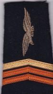 Écusson Tissu Militaire Ou Autre:  2 épaulettes - Ecussons Tissu