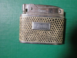 452 - Briquet à Essence - PETROL LIGHTER - BENZINE AANSTEKER - SAROME SWALLOW S.G.W. MEG CO - - Altri