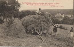 70 - FOUGEROLLES - LA FENAISON AU PAYS - AU FOND, À DROITE, LA DISTILLERIE PEUREUX - Andere Gemeenten