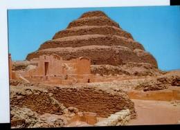 U3912 Postcard EGYPT - SAKKARA, KING ZOSER'S STEP PYRAMID - PIRAMIDE, EGIZIANI, Egyptiens _ NOT WRITED - Piramidi