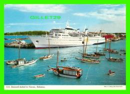 PAQUEBOTS, SHIPS - S. S. SUNWARD, DOCKED IN NASSAU, BAHAMAS - JOHN HINDE ORIGINAL N) 2BH35 - - Paquebots