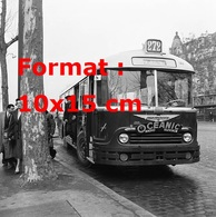 Reproduction Photographie Ancienne D'un Bus Parisien Ligne 272 Avec La Publicité Oceanic Radio Télévision à Paris 1957 - Reproductions