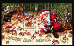 Christmas Island 2014 MNH  Souvenir Sheet Of 2 Santa, Crabs Decorating For Christmas - Christmas Island
