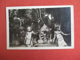 RPPC    Female Native Dress Thailand ?  Ref. 3085 - Asia