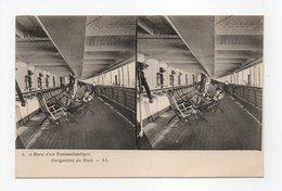 - CPA STEREOSCOPIQUE - A Bord D'un Transatlantique - Perspective Du Deck - Editions Lévy N° 6 - - Cartes Stéréoscopiques