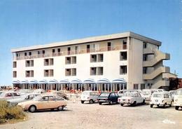 SAINT-PIERRE-sur-MER - L'Hôtel Le Roc - Automobiles 4L - France