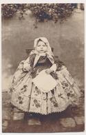 REAL PHOTO,  Cute Little Girl In Big Dress, Fillette,Fotografista Palo Martinek Banat, Old ORIGINAL - Persone Anonimi
