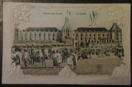 France - CPA Malo-Les-Bains - Le Casino - Carte Couleur Gaufrée, Très Animée, Circulée Le 23 Février 1915 - Malo Les Bains