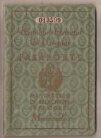 URUGUAY 1947 PASSPORT- PASSEPORT -multiple VISAS And STAMPS - Includes US, BRITISH, FRENCH Zone Of GERMANY Visas+revenue - Historische Dokumente