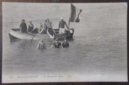 France - CPA Malo-Les-Bains - La Barque Des Bains - Carte Animée, Circulée En 1910 - Malo Les Bains