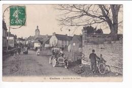 13 -Caulnes - Arrivée De La Gare (vielle Automobile) - Sonstige Gemeinden