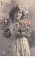 Grete Reinwald Avec 2 Pots De Fleurs - Portraits