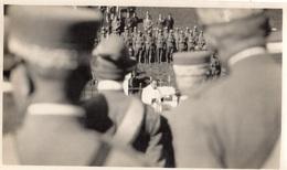 BRENNERO VICTOR EMMANUEL 3 PRETRE RECITANT LES PRIERES  INAUGURATION DE LA BORNE FRONTIERE (PHOTOGRAPHIE  ) RARE - Italia