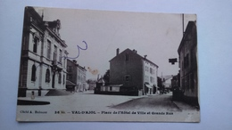 Carte Postale (K1 ) Ancienne De Val D Ajol, Place De L Hotel De Ville Et Grande Rue - Andere Gemeenten