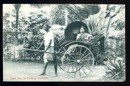 Cpa Sri Lanka Ceylon Ceylan  Tamil Girl , In Ricksha  Colombo     A3RK4 - Sri Lanka (Ceylon)