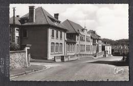 CPSM 54 - CIREY-sur-VEZOUZE - Vue De L'Ecole - TB PLAN Etablissement Scolaire Route CENTRE VILLAGE - Cirey Sur Vezouze