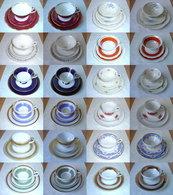 12 Alte Sammeltassen Aus Erbschaft - Porzellan & Keramik