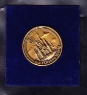WALT DISNEY WORLD 1982 MEDAILLE. (M9) - Etats-Unis