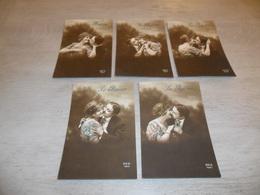Couple ( 30 )   Koppel   Serie Van 5 Postkaarten - Serie De 5 Cartes Postales -  Le Baiser - Couples