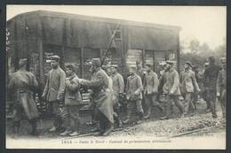+++ CPA - Militaria - Guerre 1914 - Dans Le Nord - Convoi De Prisonniers Allemands - Soldat    // - Guerre 1914-18