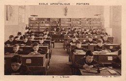 85Ct   86 Poitiers Ecole Apostolique L'étude - Poitiers