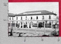 CARTOLINA VG ITALIA - PORDENONE - Caserma 8° Reggimento Bersaglieri - 10 X 15 - ANN. 1959 - Pordenone