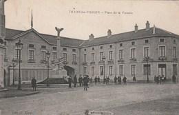 THAON LES VOSGES  88-   CPA  PLACE DE LA VICTOIRE - Thaon Les Vosges