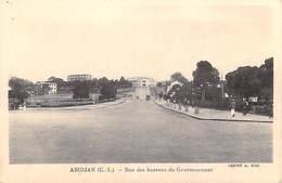 Afrique-CÔTE D'IVOIRE ABIDJAN Rue Des Bureaux Du Gouvernement  (Cliché A Kiki) *PRIX FIXE - Côte-d'Ivoire